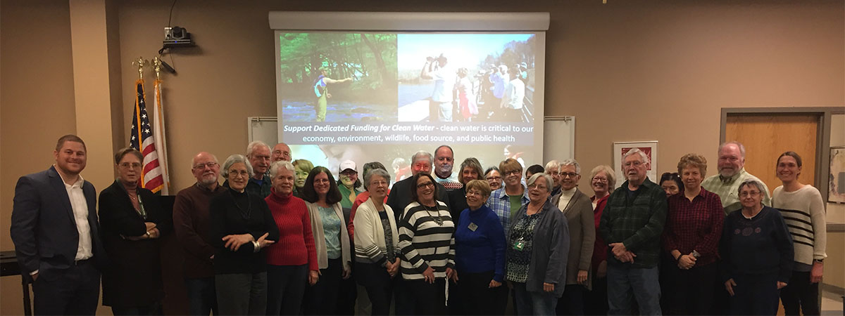 Delaware Master Gardeners take part in Water Warrior Training at UD