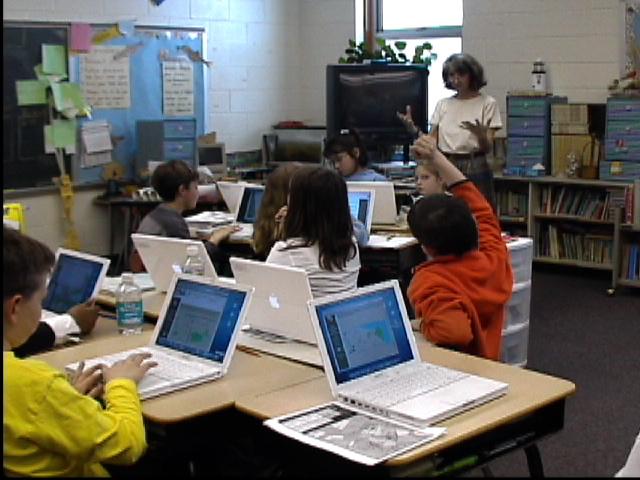 Children at Shields Elementary use GIS to study shoreline change